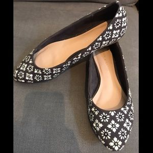 Kelly & Katie Casual flats